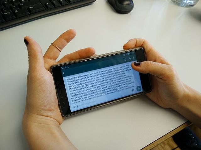 Čítanie textu z mobilného zariadenia.jpg